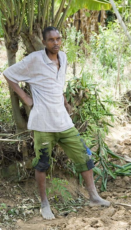 Millennium Villege - Mayange, Rwanda.  Farmer