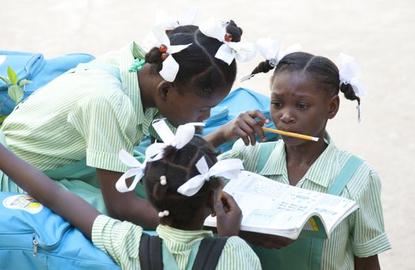 portraits_of_haiti_labadie_school_girls_2011-11-16_267